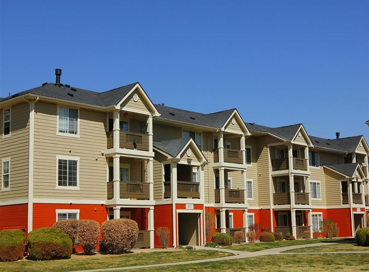 Beautiful building exteriors and landscape at Ardenne Apartments in Lafayette, CO located near Boulder, CO