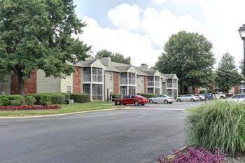 1 Williamsburg Dr 1-2 Beds Apartment for Rent Photo Gallery 1