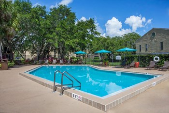 2101 Vinyards Blvd 1-3 Beds Apartment for Rent Photo Gallery 1