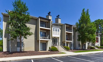 1108 St Andrews Dr 1-3 Beds Apartment for Rent Photo Gallery 1