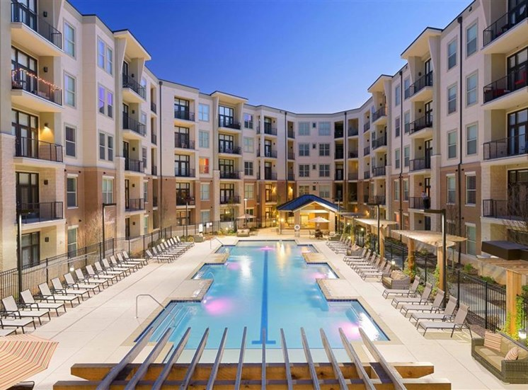 Apartments with a pool view 1160 Hammond Apartments in Sandy Springs, GA
