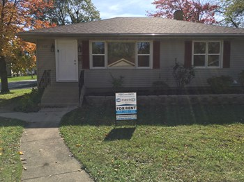 663 E 160th Pl 4 Beds House for Rent Photo Gallery 1