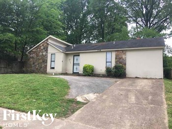 5749 Jardin Place 4 Beds House for Rent Photo Gallery 1
