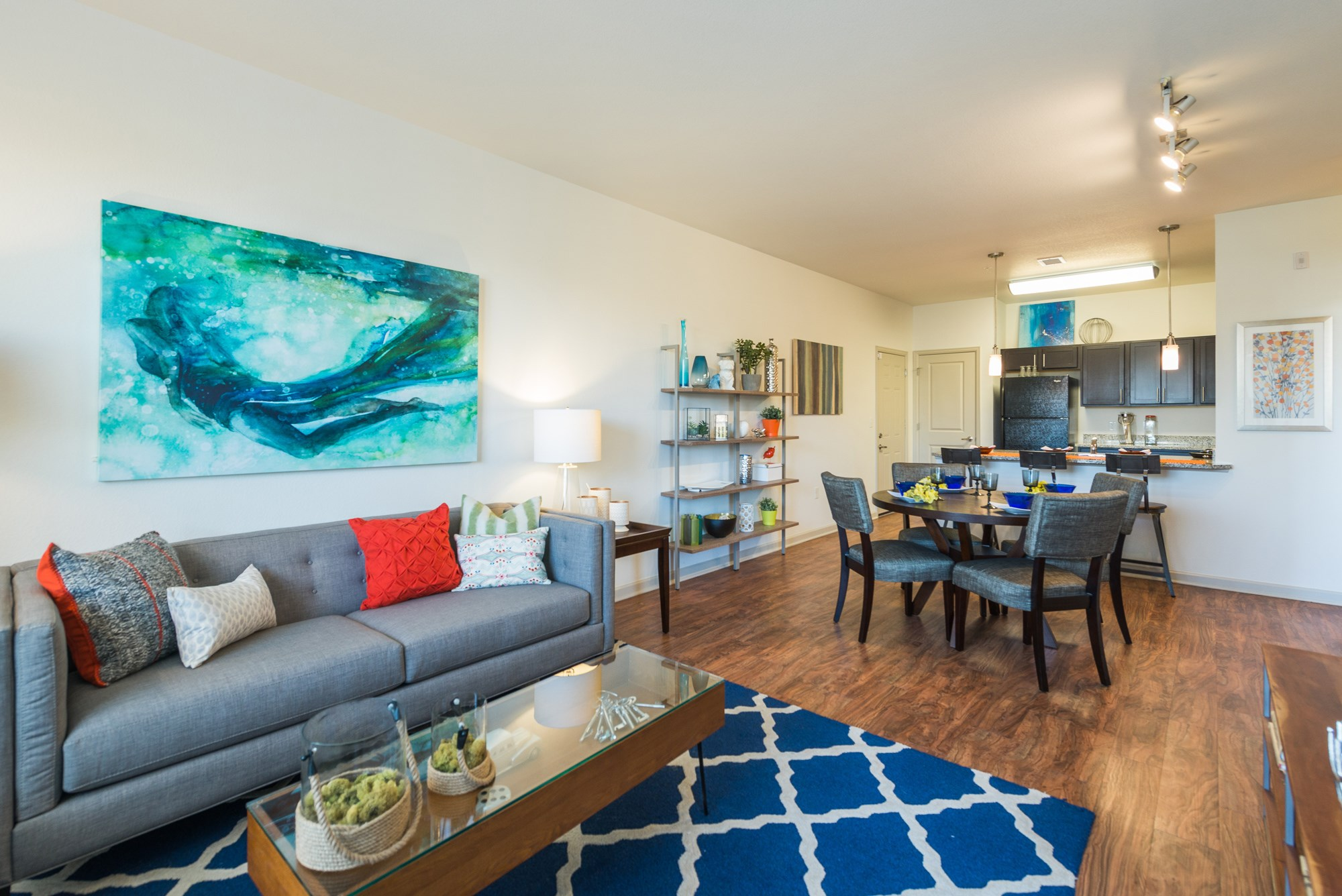 Spacious Apartments at Arterra Place Apartments in Aurora, CO