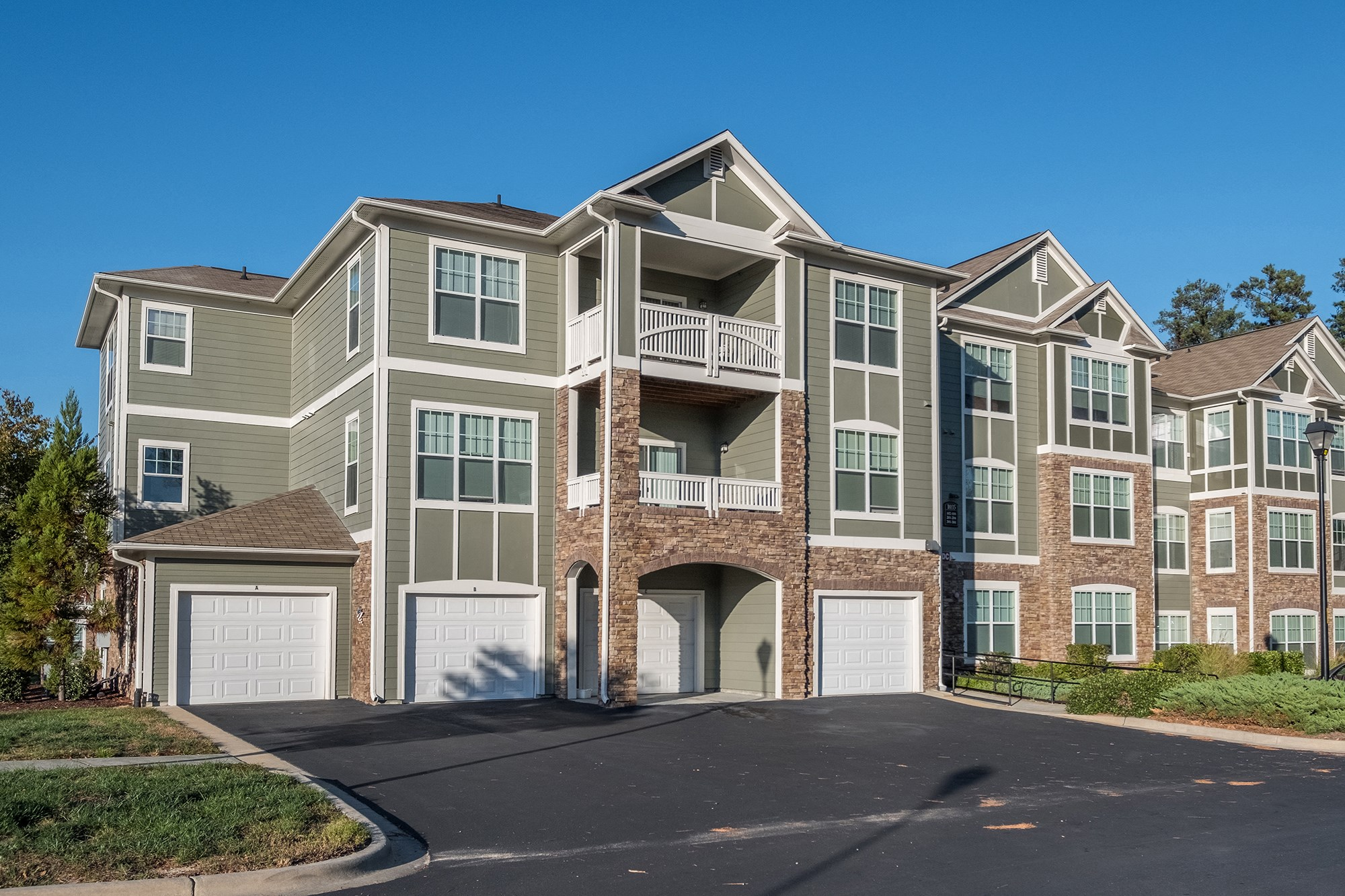 Exterior at View at Legacy Oaks Apartments in Knightdale, NC