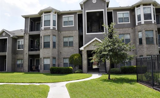 Windsor Cypress Apartments for rent in Houston, TX - apartment buildings