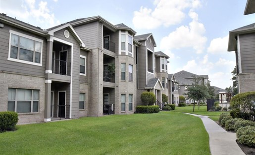 Windsor Cypress Apartments for rent in Houston, TX - apartment complex