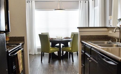 Windsor Cypress Apartments for rent in Houston, TX - dining room