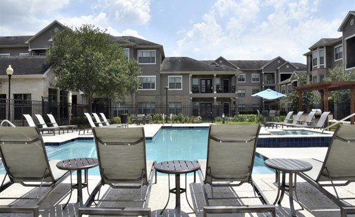 Windsor Cypress Apartments for rent in Houston, TX - outdoor pool area
