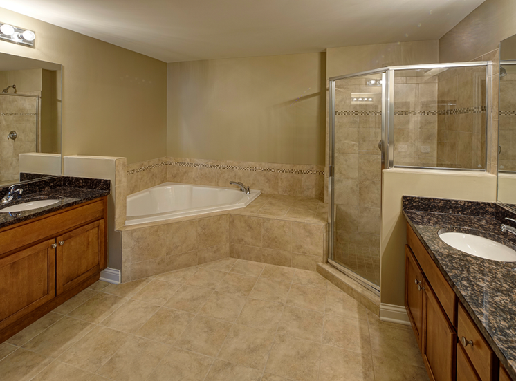 Walk-In Shower with Ceramic Tile at Two Itasca Place Apartments, 2 Itasca Rd, 60143