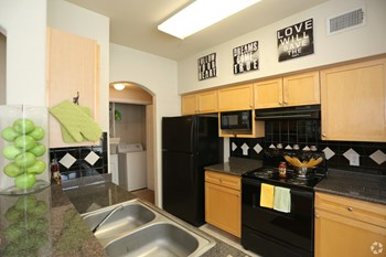17111 Hafer Road 1-3 Beds Apartment for Rent Photo Gallery 1
