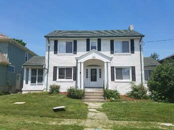 1528 Elkton Pl 4 Beds House for Rent Photo Gallery 1