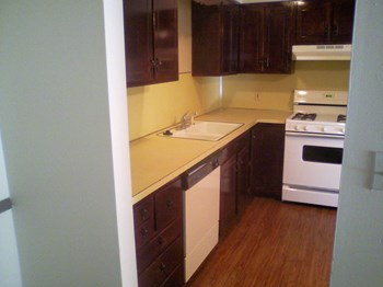 3325/3329 Breton, S. E. 2 Beds Apartment for Rent Photo Gallery 1