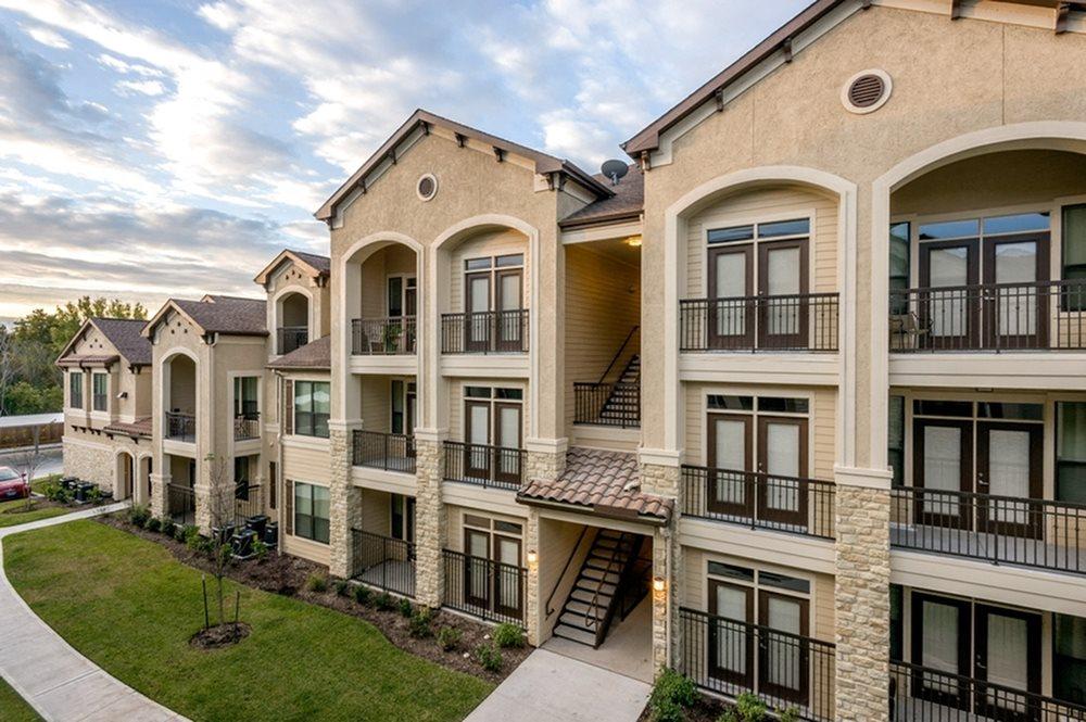 Valencia Place Apartments Houston Tx