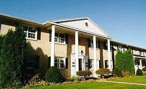 Hillcrest Apartments Community Thumbnail 1