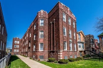 7812 S Emerald Ave 1-2 Beds Apartment for Rent Photo Gallery 1
