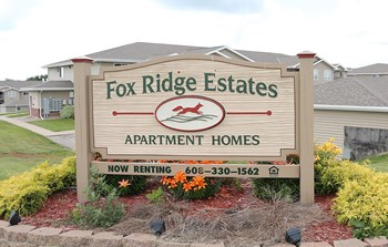 FOX RIDGE ESTATES 1-2 Beds Apartment for Rent Photo Gallery 1