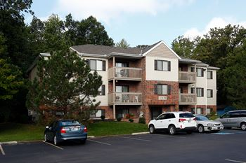 WATERBURY APARTMENTS 2-3 Beds Apartment for Rent Photo Gallery 1