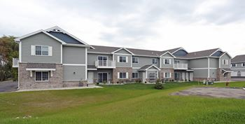CRANBERRY CREEK APARTMENTS 2 Beds Apartment for Rent Photo Gallery 1