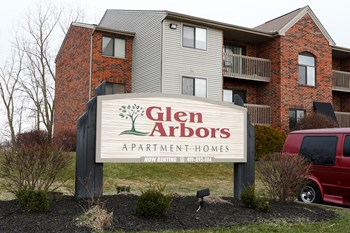 GLEN ARBORS 3 Beds Apartment for Rent Photo Gallery 1