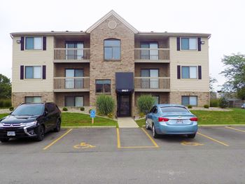 STONECREEK APARTMENTS 2-3 Beds Apartment for Rent Photo Gallery 1