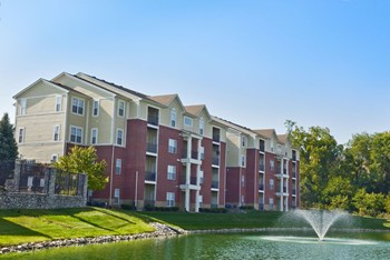 1100 Devonshire E. Drive 1-3 Beds Apartment for Rent Photo Gallery 1