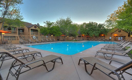 Apartments for Rent in Albuquerque, NM - Mountain Run Apartments Swimming Pool