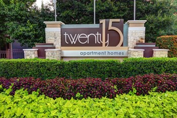 2015 Cedar Bend Drive 1-2 Beds Apartment for Rent Photo Gallery 1