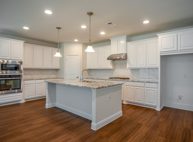 Exquisite Kitchens at Cottages at the Realm, Homes for rent in Castle Hills, Lewisville, TX