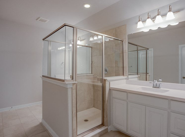 Stand Alone Framed Showers at Cottages at the Realm, Homes for rent in Lewisville, TX