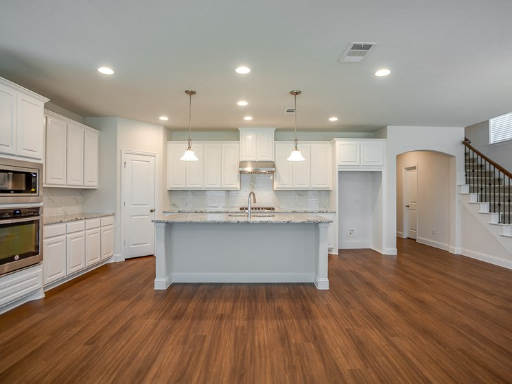 Exquisite Kitchens at Cottages at the Realm, Homes for rent in 3600 Windhaven Parkway, Suite 200 Lewisville, TX 75056