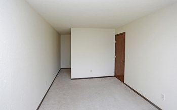 1001 SW 7Th Avenue 1 Bed Apartment for Rent Photo Gallery 1