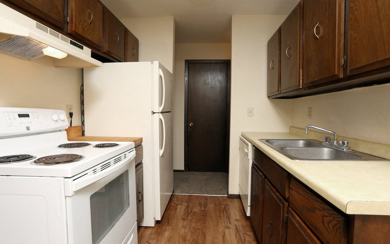 North Shore Apartments kitchen