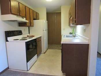 6023 East Viking Blvd 2-3 Beds Apartment for Rent Photo Gallery 1
