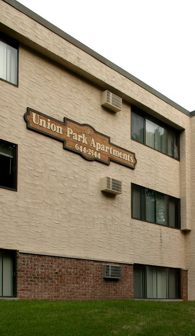 union park apartments back view