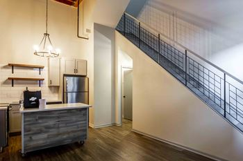 50 4th Ave North 1 2 Beds Apartment For Rent Photo Gallery