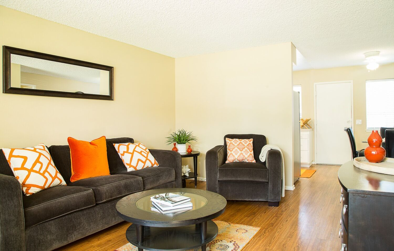 Ventura Terrace Apartments Livingroom