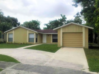 10712 Sleepy Brook Way 3 Beds House for Rent Photo Gallery 1