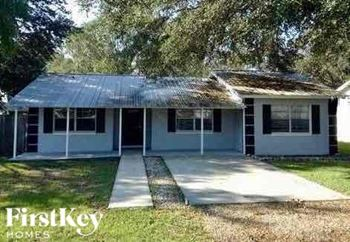 1334 Grace St North 3 Beds House for Rent Photo Gallery 1