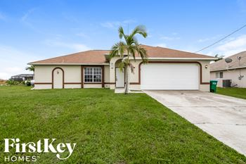 4410 NW 32 TER 4 Beds House for Rent Photo Gallery 1
