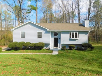 262 Muddy River Road 4 Beds House for Rent Photo Gallery 1