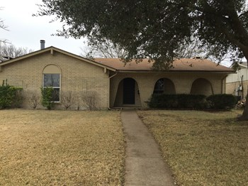 154 Big Thicket Drive 3 Beds House for Rent Photo Gallery 1