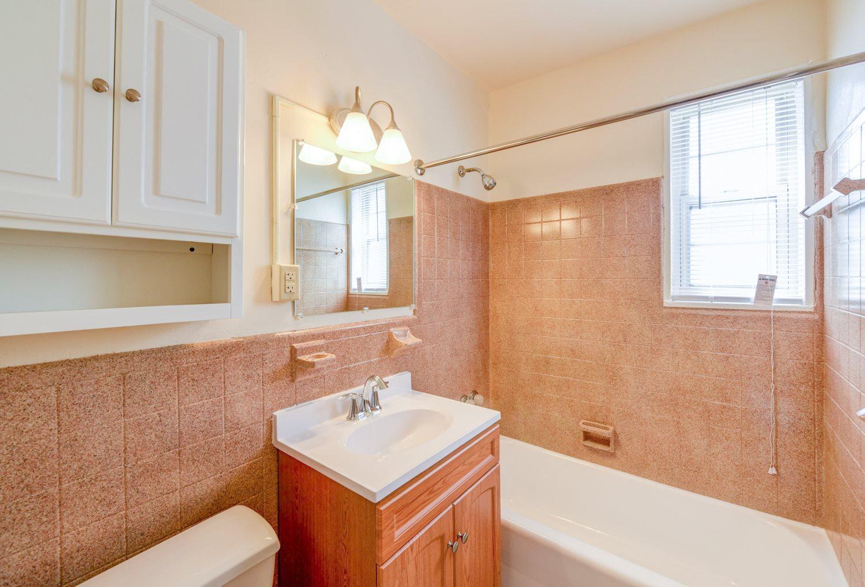New-Horizon-Apartments-Bathroom