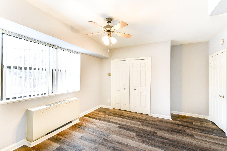Hilltop House Apartments| Apartments in Washington, DC
