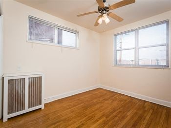 100 Ft. Drive NE 1 Bed Apartment for Rent Photo Gallery 1
