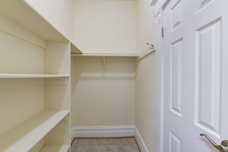 Dupont-Apartments-Closet