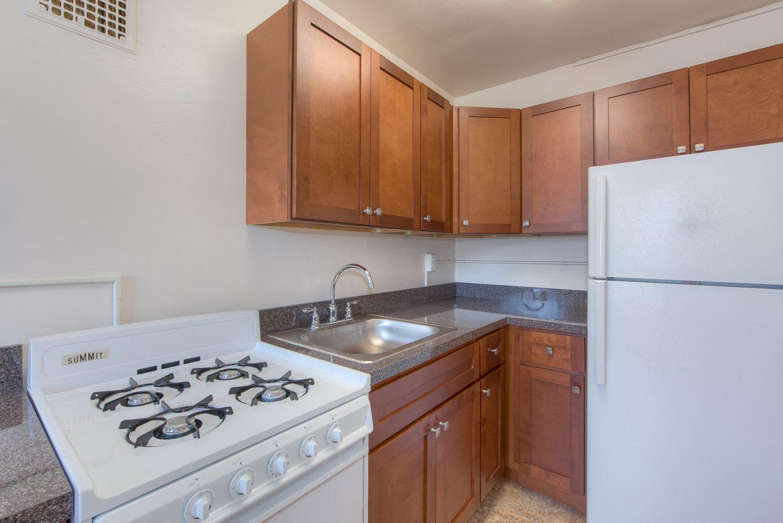 6100-14th-Street-Kitchen
