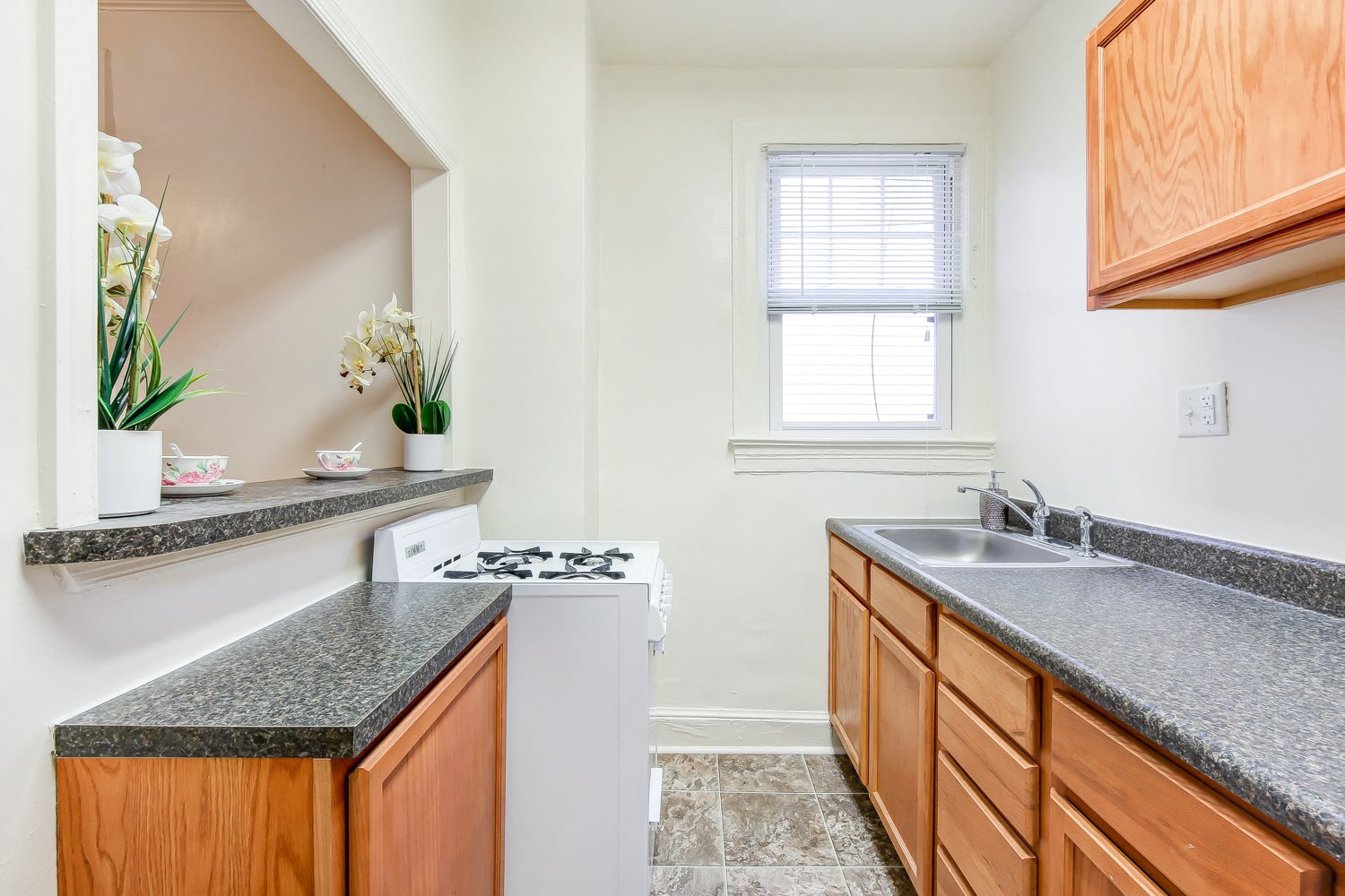 3213 Wisconsin Ave | Apartments in