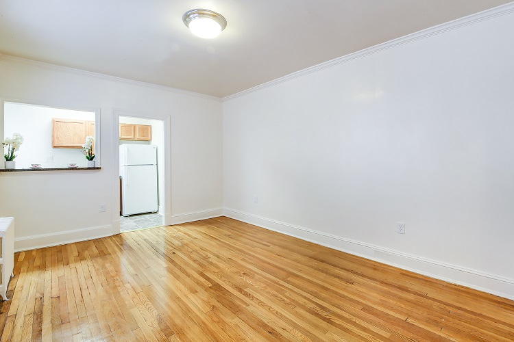 3213-Wisconsin-Avenue-Living-Room