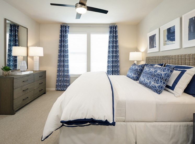 Private Master Bedroom at Tradehouse at Bulverde Marketplace, Texas